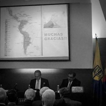 """Panel internacional """"justicia y paz: perspectivas comparadas en la resolución de conflictos""""."""