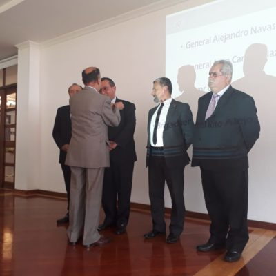 Imposición Escudo Socio al señor General Juan Carlos Salazar Salazar