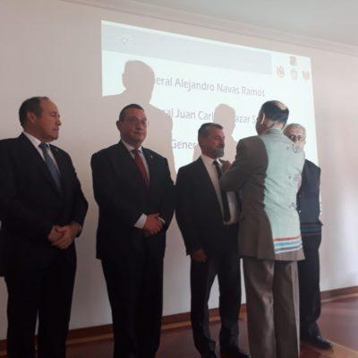 Imposición Escudo Socio al señor Mayor General Jairo Alfonso Aponte Prieto